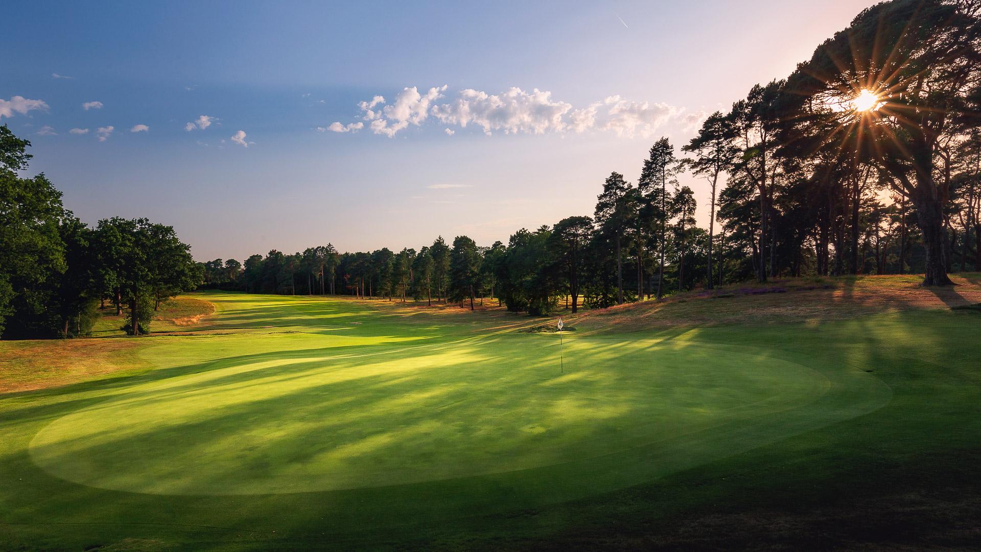 02nd-Hole-St-Georges-Hill-Golf-Club-2115-Edit