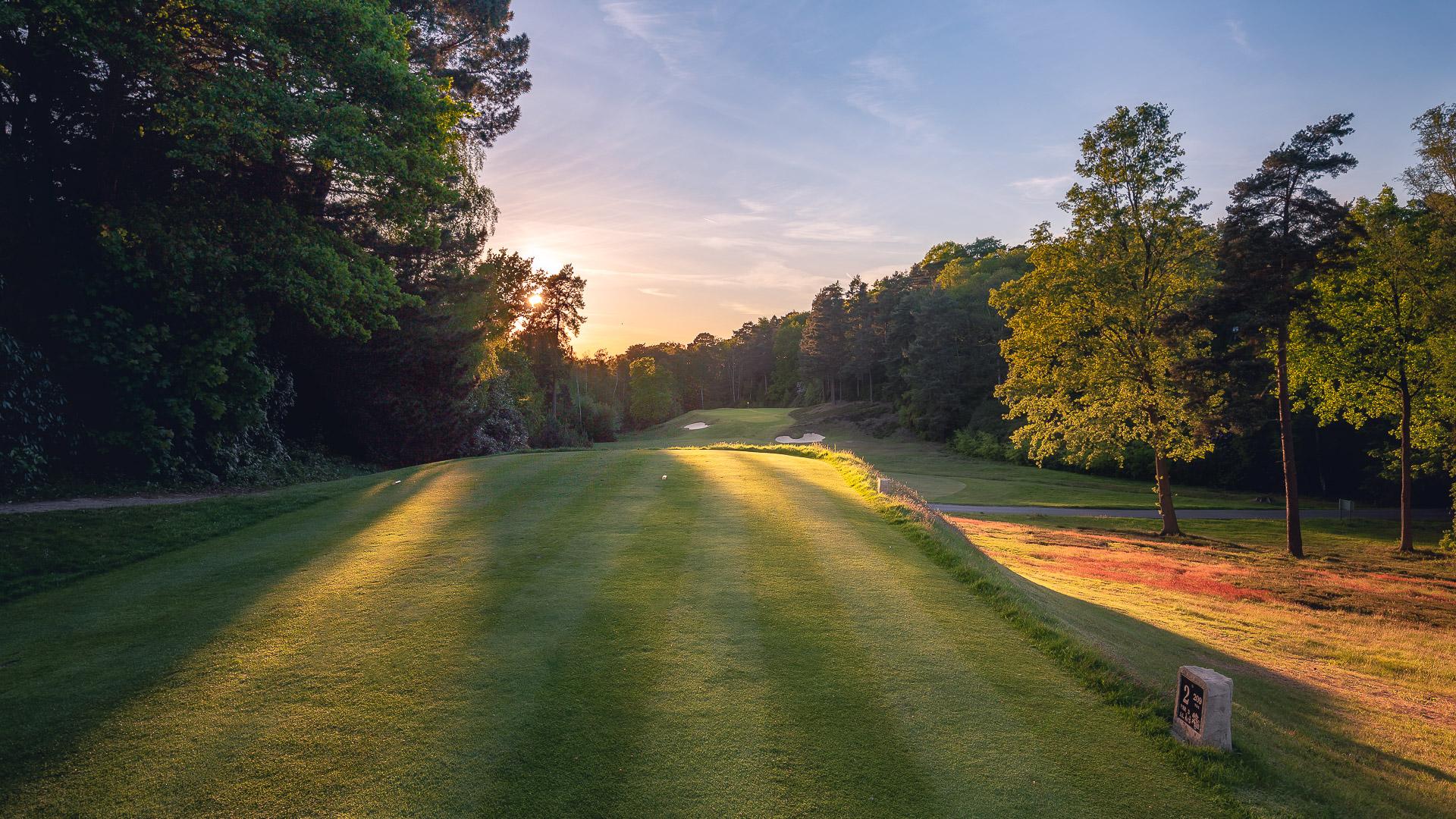 20th-Hole-St-Georges-Hill-Golf-Club-1046-99-Edit
