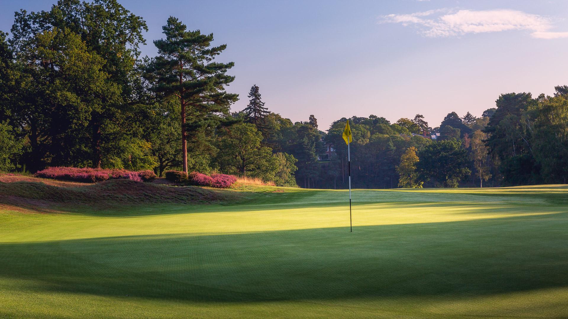 21st-Hole-St-Georges-Hill-Golf-Club-2000-Edit