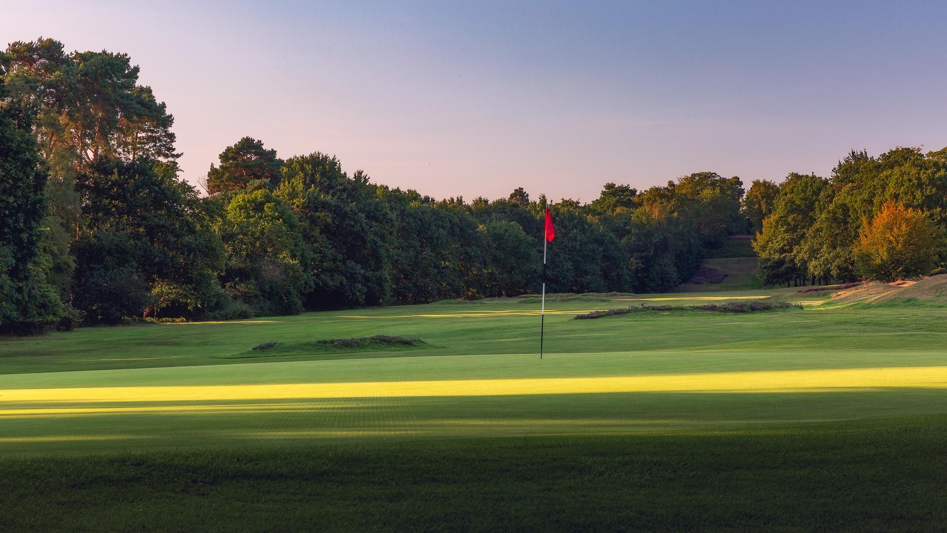 22nd-Hole-St-Georges-Hill-Golf-Club-2145-Edit